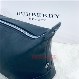 Burberry Pouch Travel Bag Toiletry Case Travel NEW